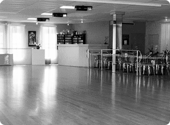 Silva Dance Studios in Long Island | Private Dance Lessons | Black and White Photo of Silva Dance Studios